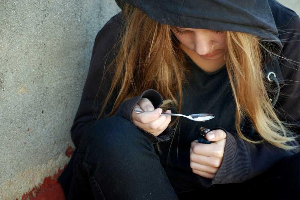 Ребенок употребляет наркотики - что предпринять, совет нарколога