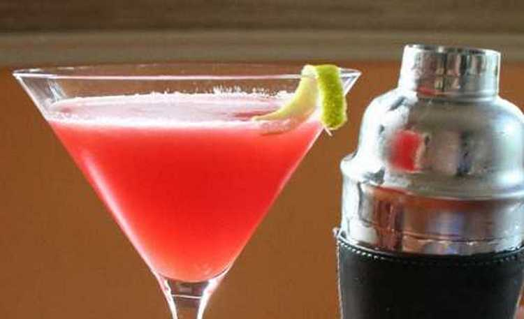 Лучшие рецепты простых коктейлей с водкой