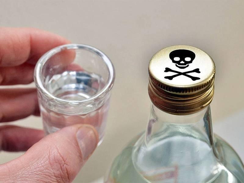 Отравление алкоголем — что делать в домашних условиях, первая помощь