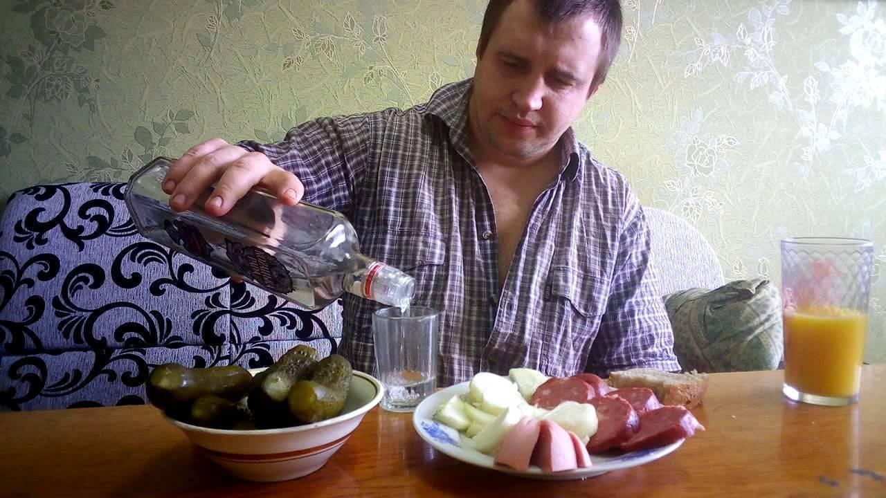 Чем лучше закусывать водку и чего стоит избегать: список, который нужен каждому
