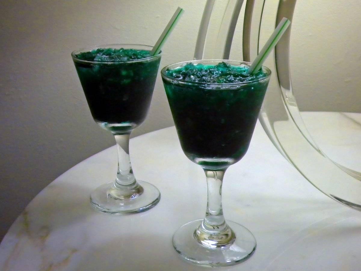 Готовим коктейли с водкой в домашних условиях из того что есть в холодильнике