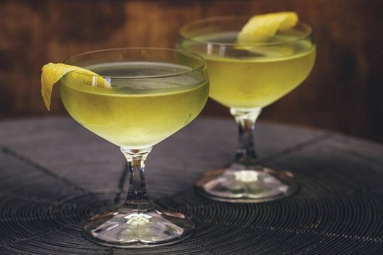 Как пить ликер правильно – 4 универсальных метода