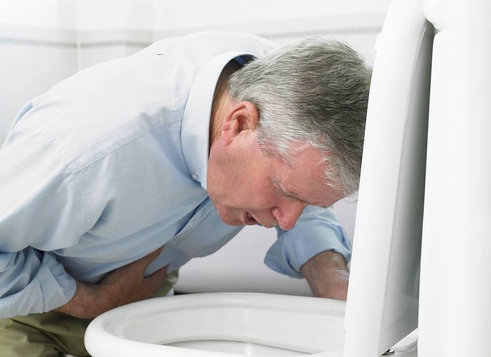 Тошнит с похмелья: что делать и как избавиться от тошноты после пьянки