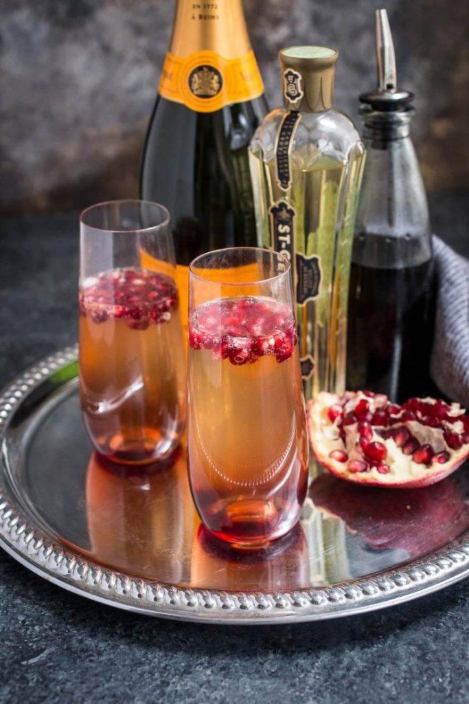 Какие бывают коктейли с шампанским