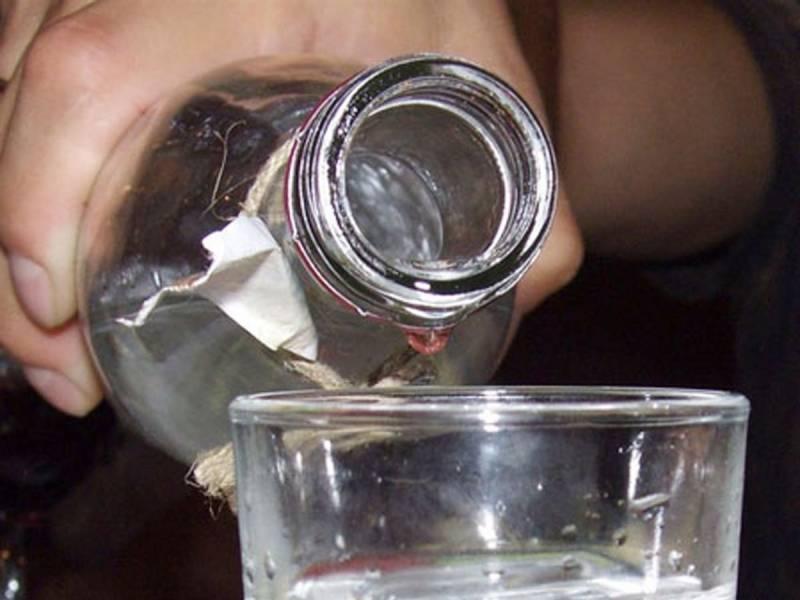 Запах ацетона изо рта: причины у взрослого, симптомы заболеваний, лечение