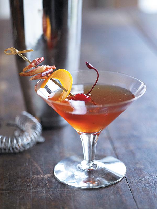 Рецепт коктейля манхэттен: классический и вариации