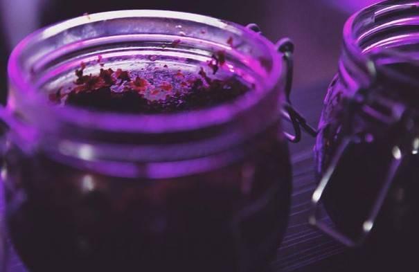 Срок годности табака для кальяна: сколько хранить продукт до и после вскрытия, как со временем меняются его свойства, можно ли использовать просроченный?
