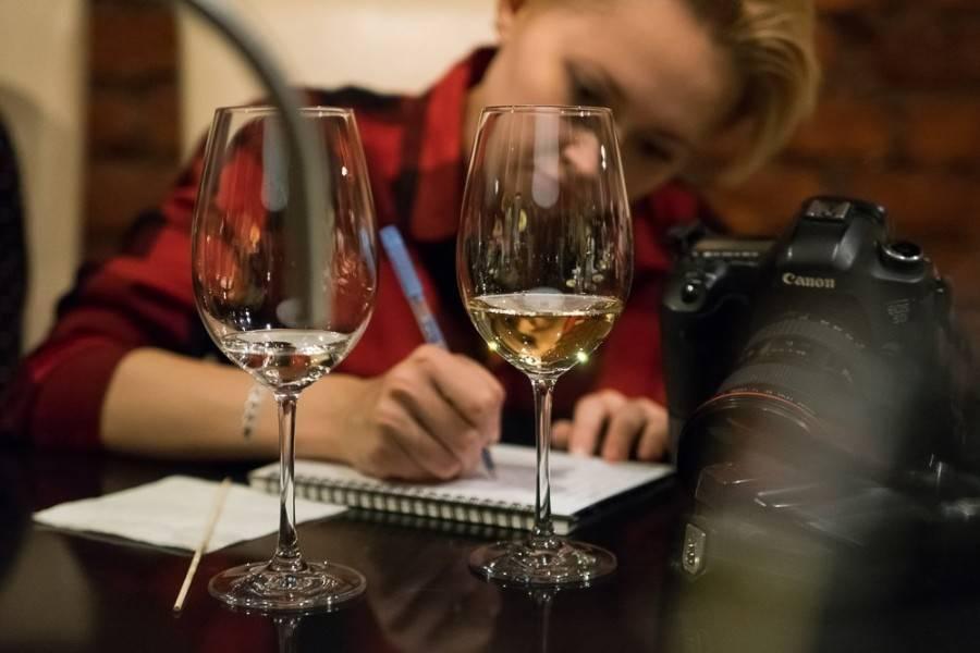 Как научиться разбираться в вине - мы расскажем обо всем