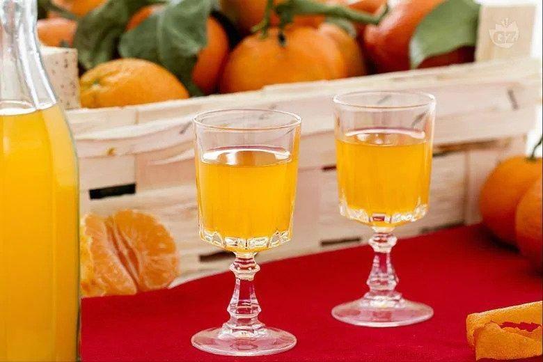 Рецепт настойки самогона на мандариновых. рецепты настоек из мандаринов на водке. ликер из мандаринов «классический»