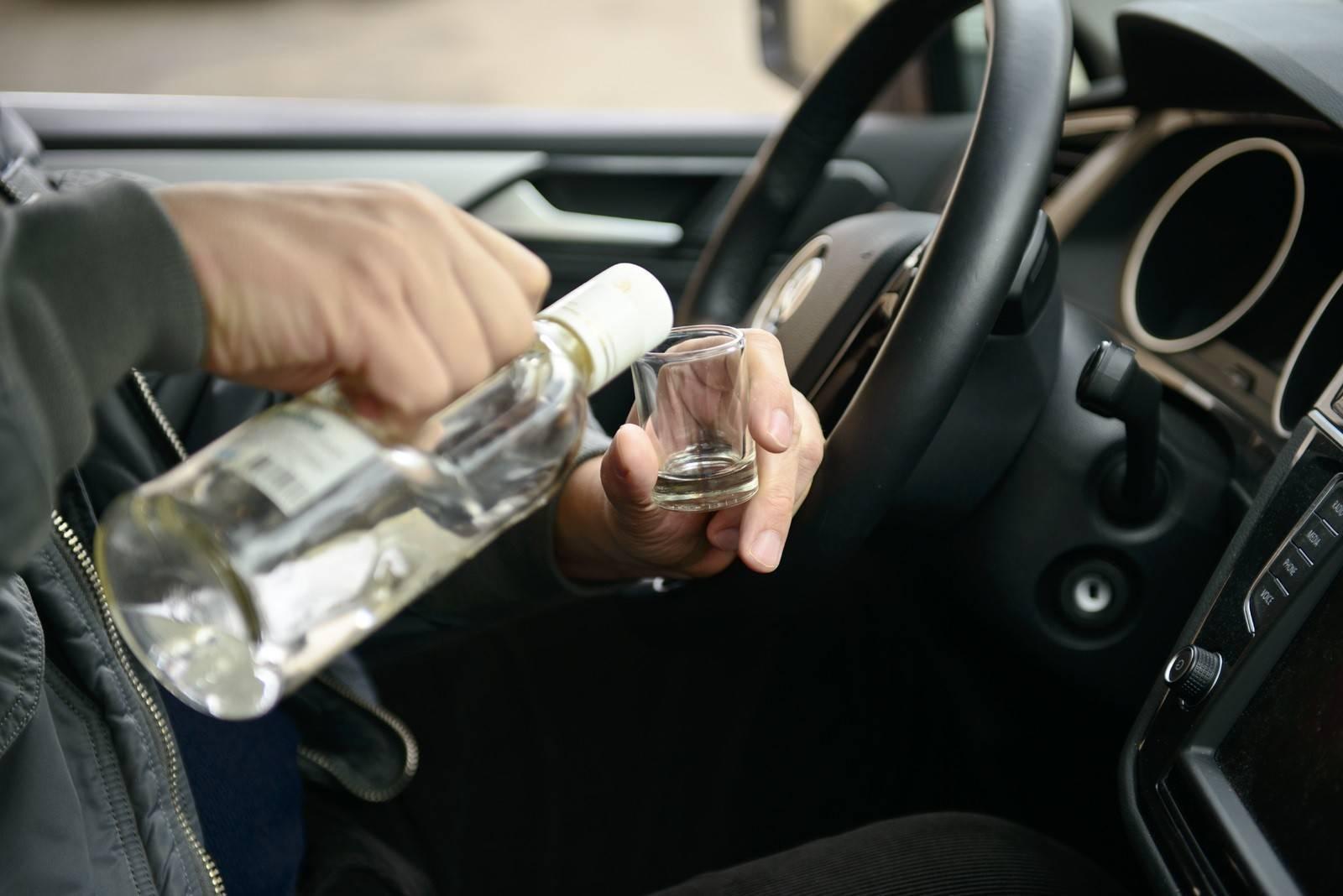 Какое наказание грозит хозяину машины за передачу руля нетрезвому водителю