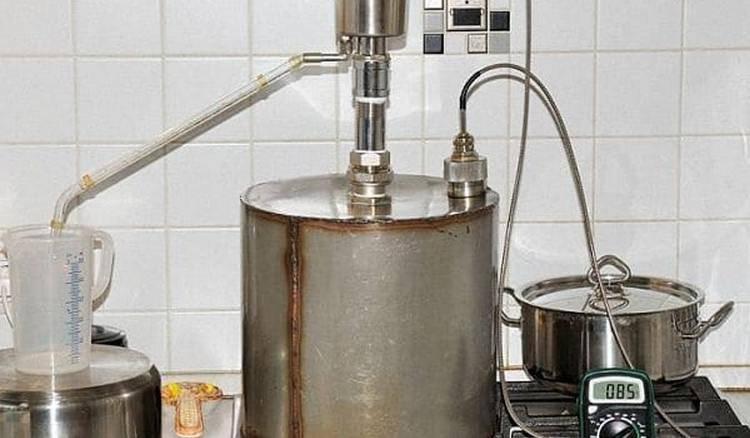 Как выгнать самогон, не имея самогонного аппарата? простые методы и рецепты в домашних условиях | про самогон и другие напитки ? | яндекс дзен
