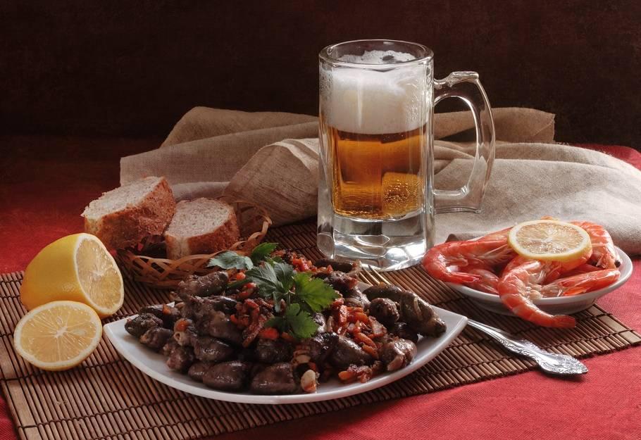 Кто еще хочет медовуху: как пить и чем закусывать хмельной напиток | про самогон и другие напитки ? | яндекс дзен