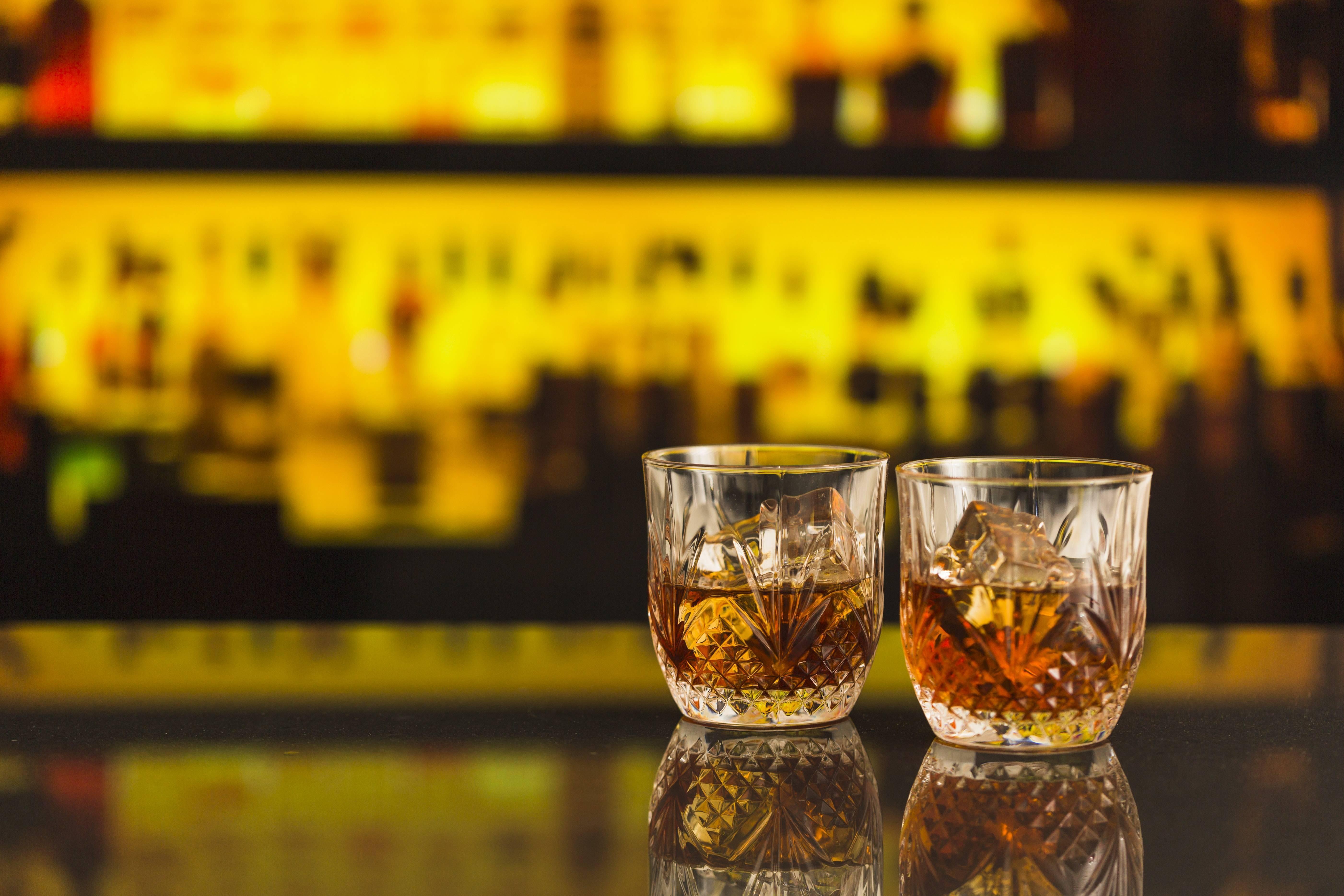 Как правильно пить виски скотч? какой виски пить? как пить виски с колой?