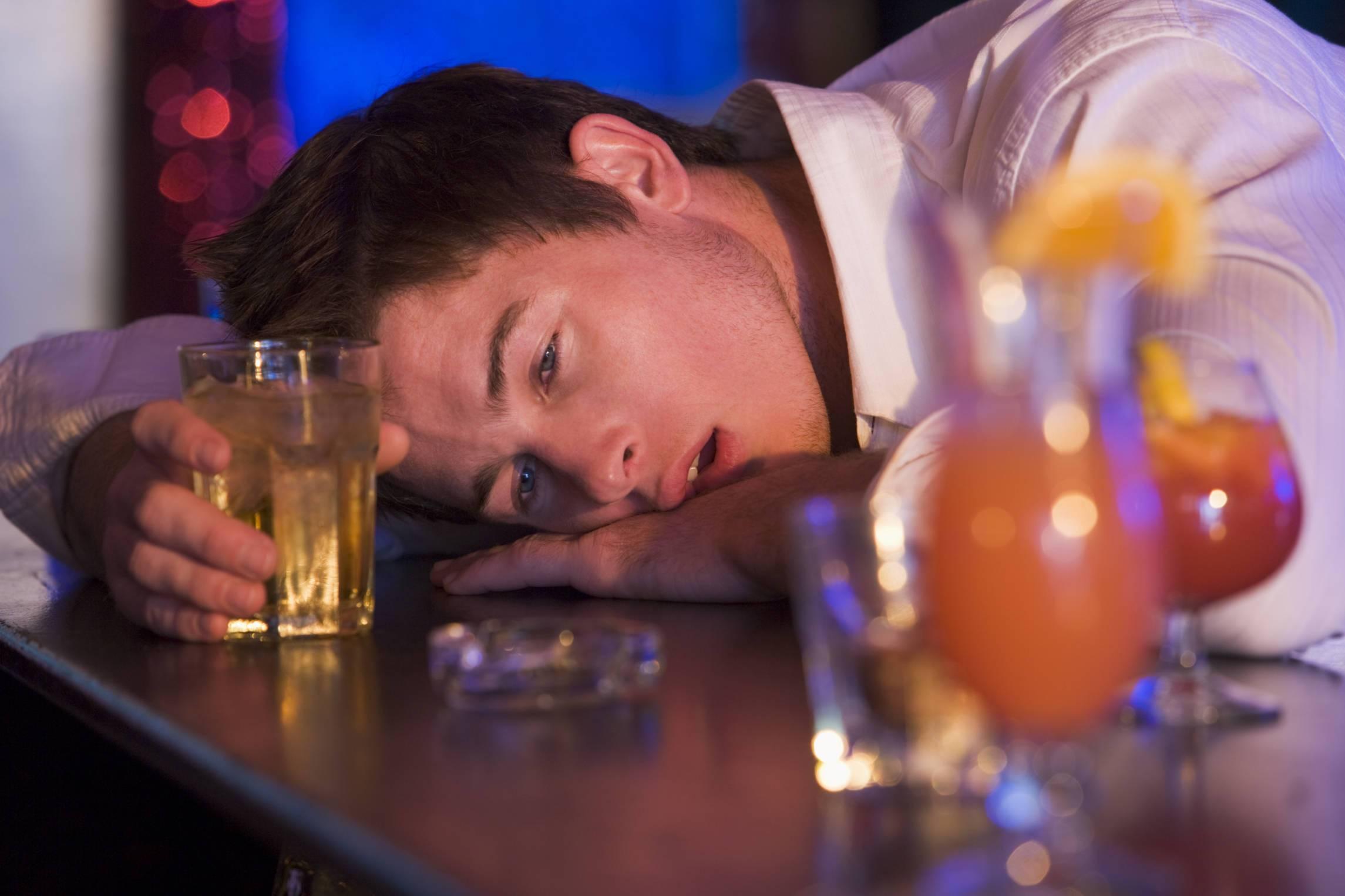 Как пить и не пьянеть, а еще избежать похмелья: 20 способов