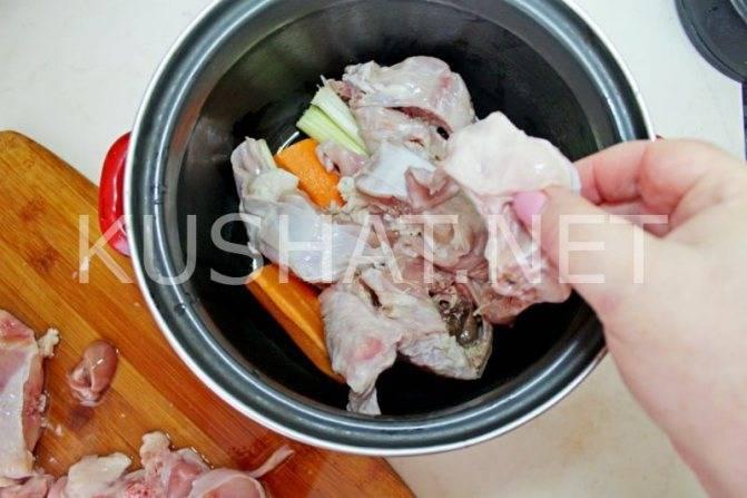 Кролик в сметане в духовке: 7 рецептов для ужина