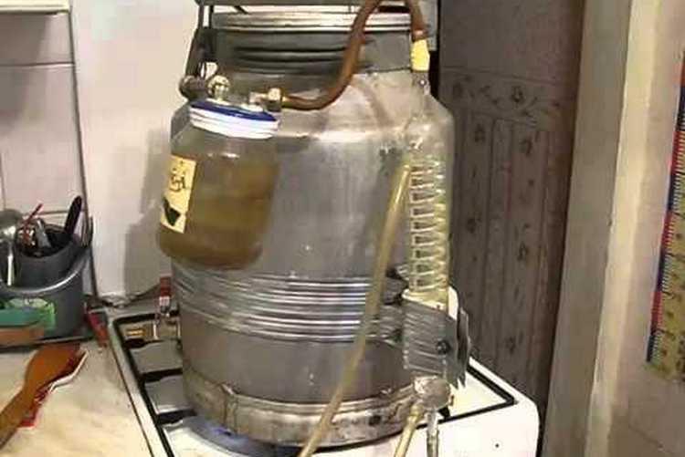 Самогонный аппарат из фляги: расскажем, как своими руками сделать дистиллятор из алюминиевой молочной фляги   mosspravki.ru