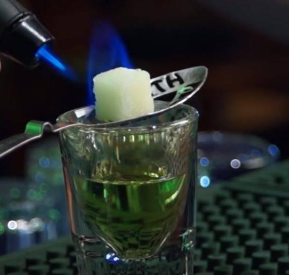 Как правильно пить абсент в домашних условиях