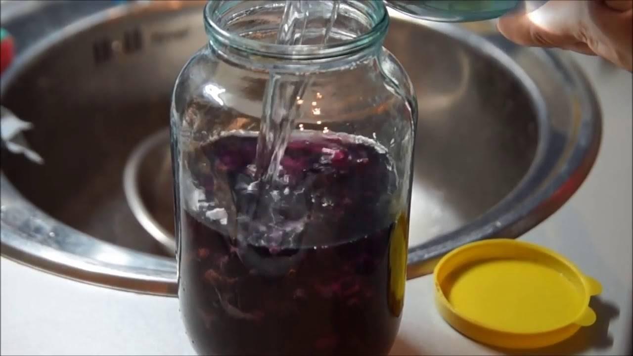 Рецепты наливки из смородины на водке и без нее