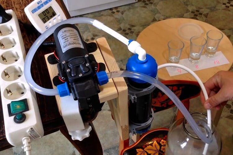 Очистка самогона кокосовым углем: пропорции, как очищать по инструкции