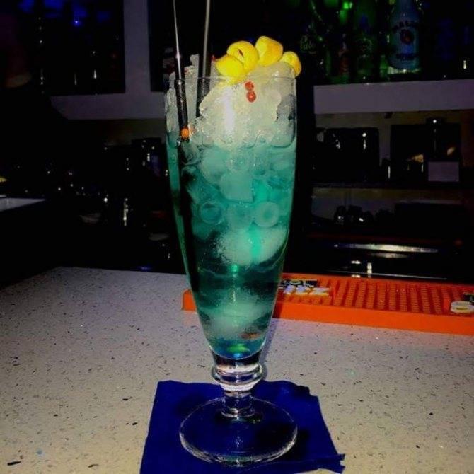 Коктейль «голубая лагуна»: состав, рецепты приготовления в домашних условиях