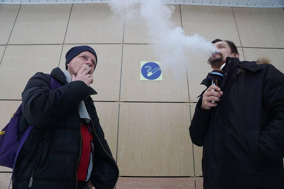 Полный запрет электронных сигарет могут ввести в России