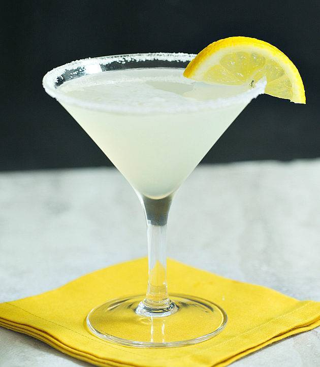 Лимонно-молочный коктейль