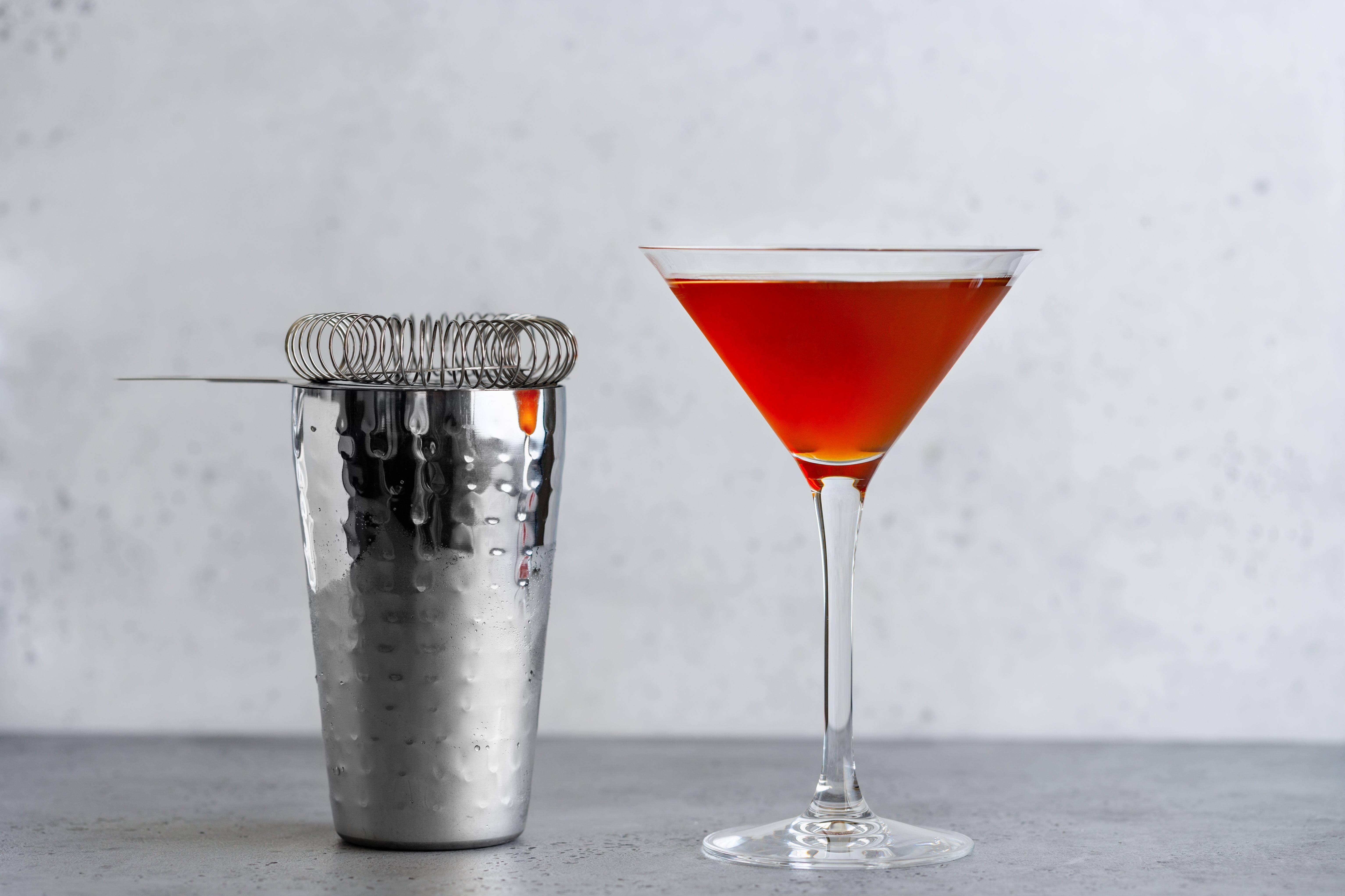 3 рецепта коктейля «манхэттен»: состав и приготовление дома