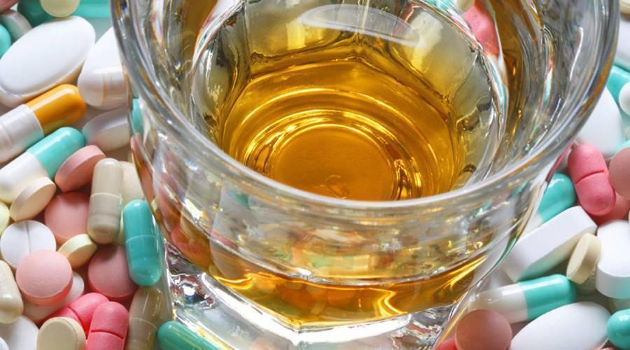 Капельница от запоя и вывода алкоголя: состав и дозы препарата, применяемые для процедуры в домашних условиях