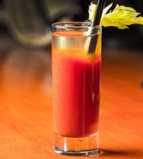 Кровавая мэри коктейль. рецепт, история, как сделать, классический состав, пропорции