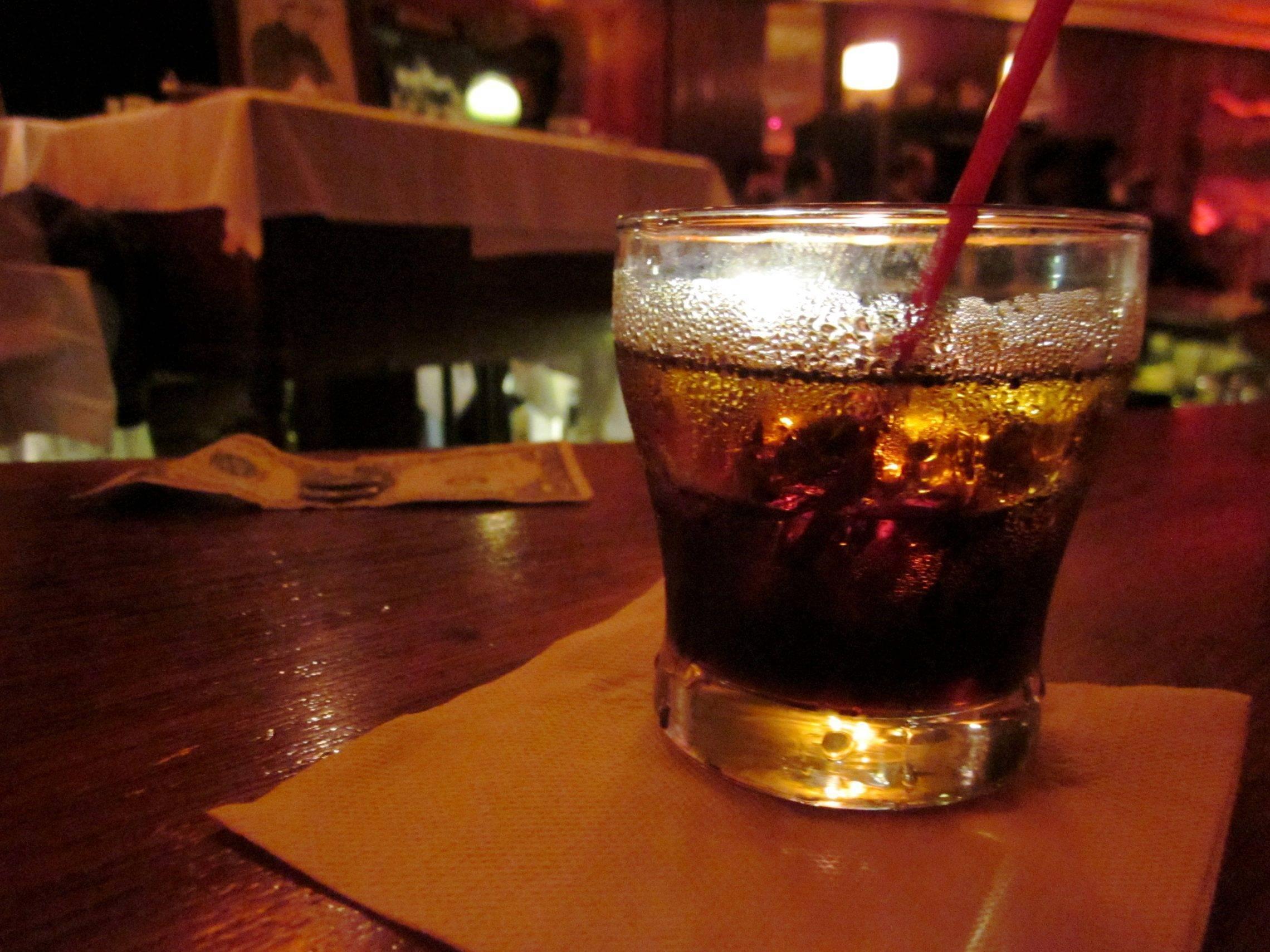 Черный русский коктейль: состав, рецепт приготовления в банке, история создания напитка