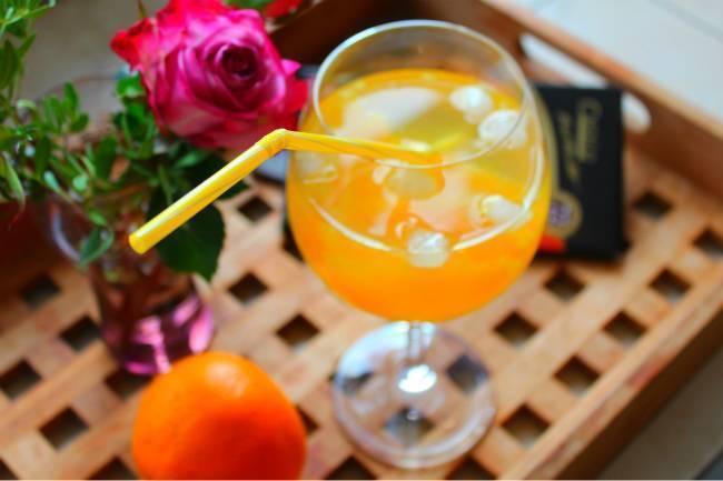 Как сделать коктейль «мимоза» с апельсиновым соком и шампанским