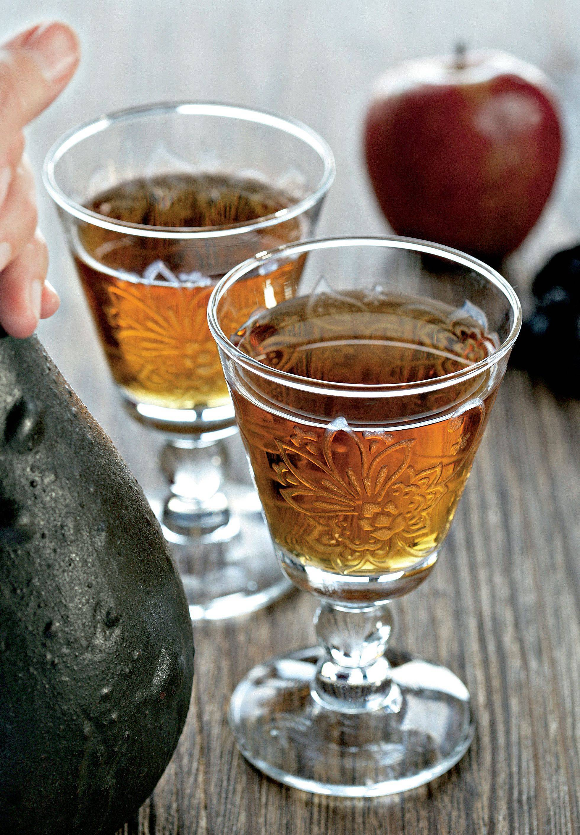 Рецепты домашнего яблочного вина на любой вкус
