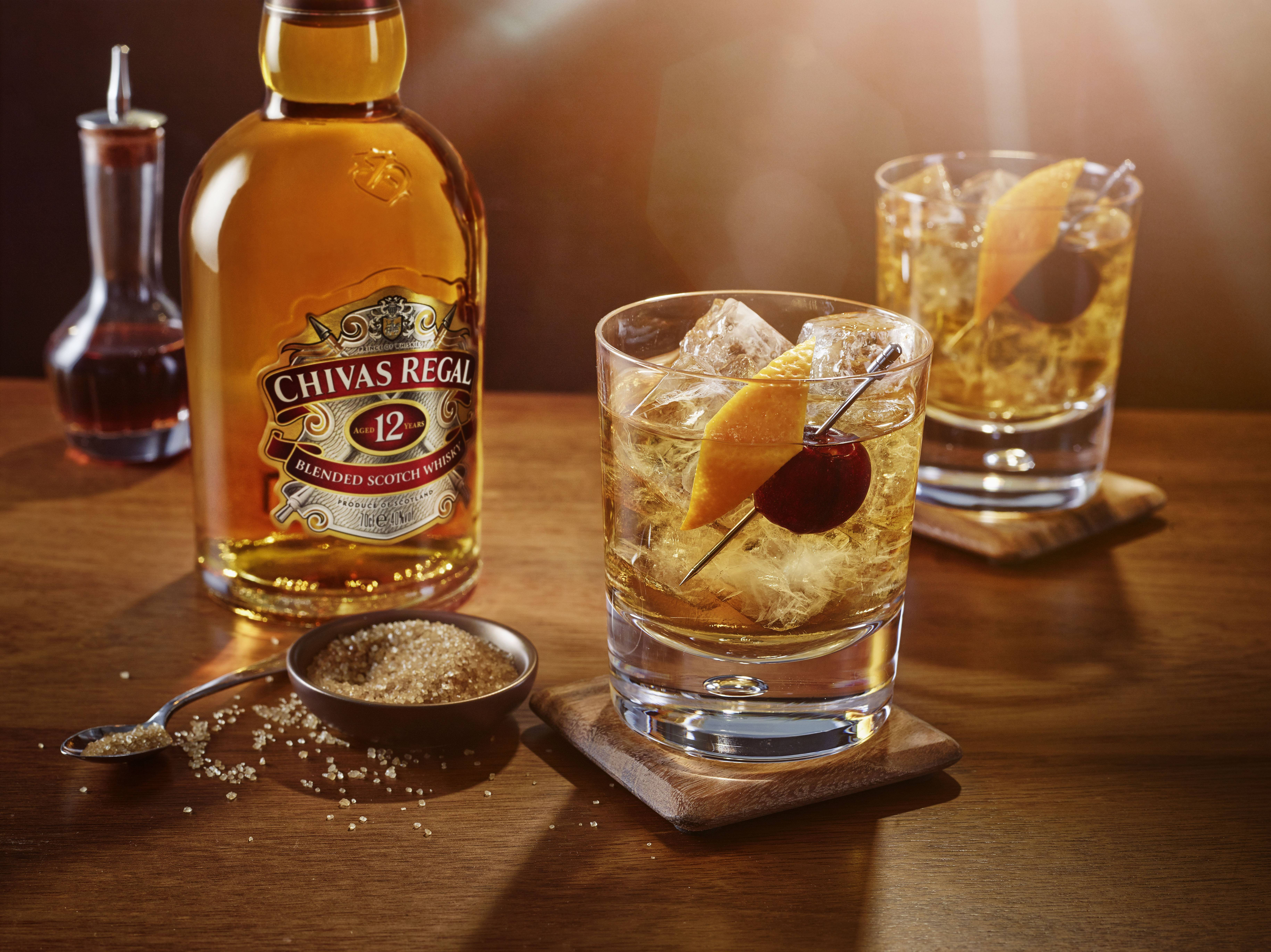 С чем пьют виски: правила, чем можно закусывать, с чем лучше разбавлять (кола, пиво)
