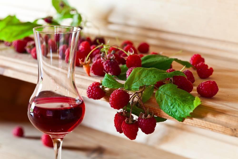 Вино и настойки из смородины – как приготовить в домашних условиях | дачная кухня (огород.ru)