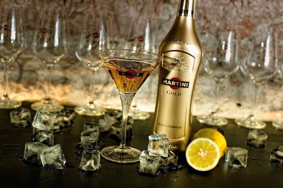 С чем пьют мартини: как правильно употреблять и чем можно закусывать, а также отзывы ценителей вкусного напитка  | suhoy.guru
